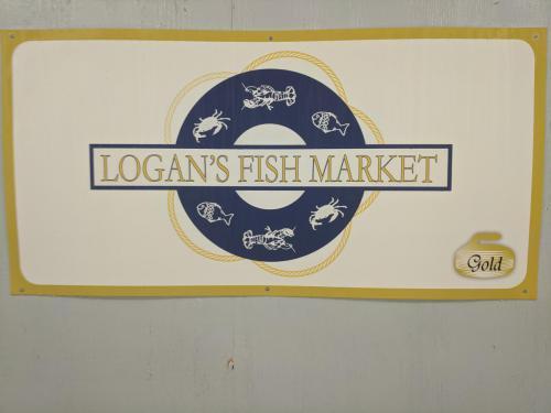 Logan's Fish Market